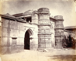 Entrance to Malik Sarang's Mosque (Queen's Mosque), Sarangpur, Ahmadabad, from the south-east